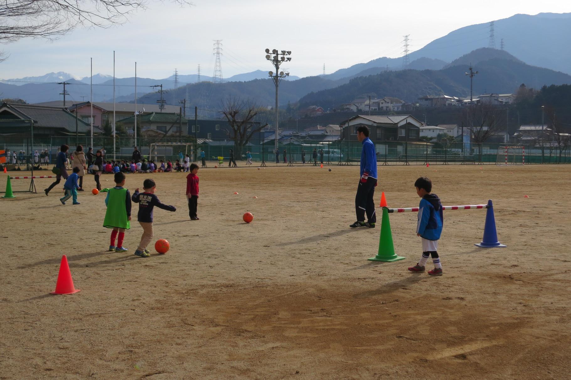 愛媛FCからもコーチに来ていただきました