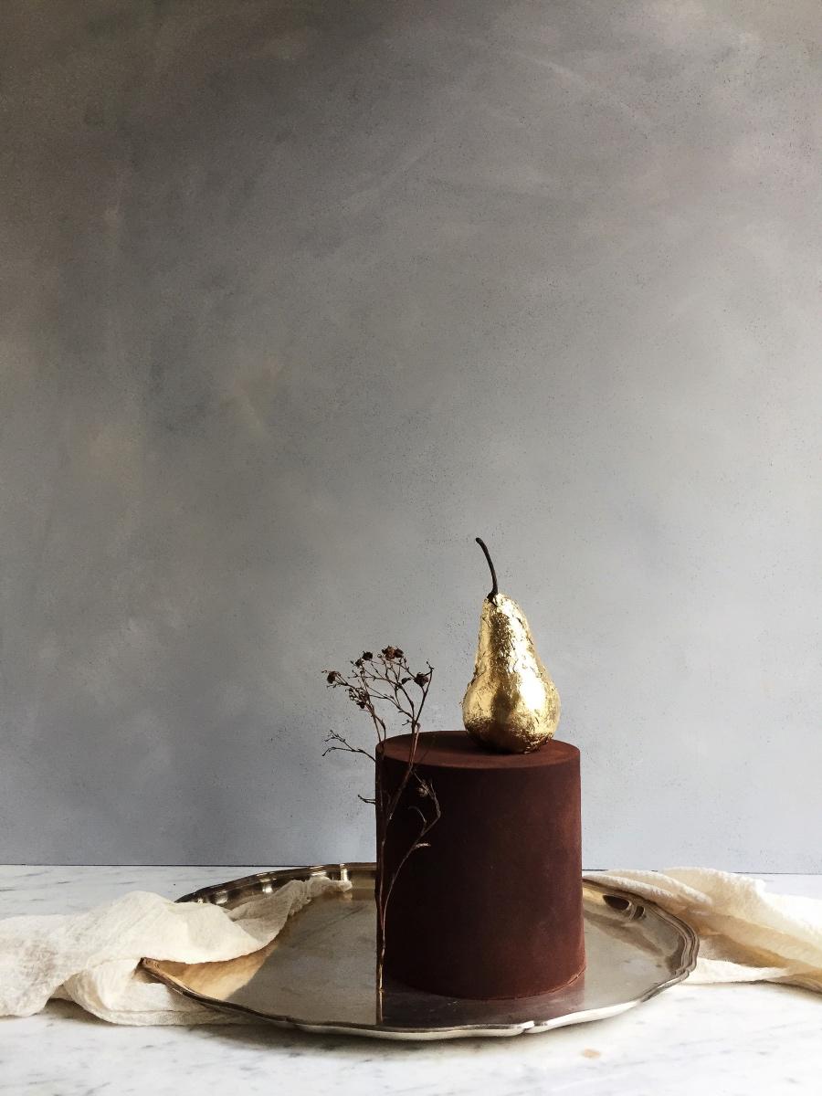 Kuschelsamt und Lichterglanz: Torte in Samtoptik (Foto: Süße Poesie)