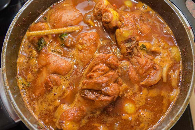 Malaiisches Curryhuhn
