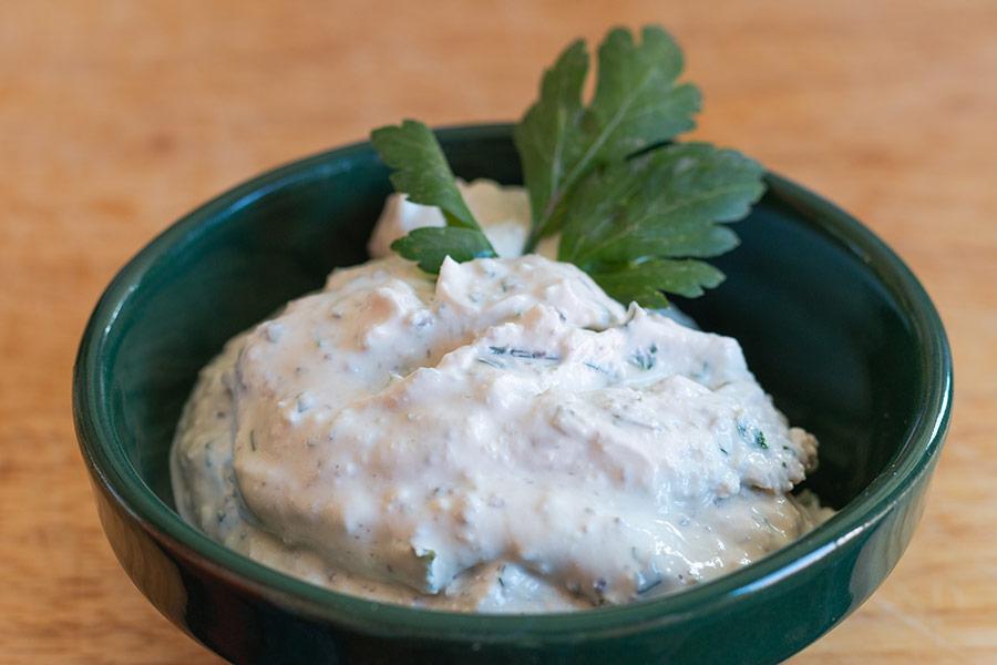 Rezept Feta Creme-Brotaufstrich wie von der Frischtheke aus dem Feinkostladen © www.mjpics.de