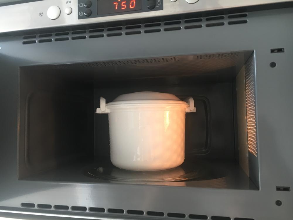 Mein Mikrowellenreiskocher von Reishunger