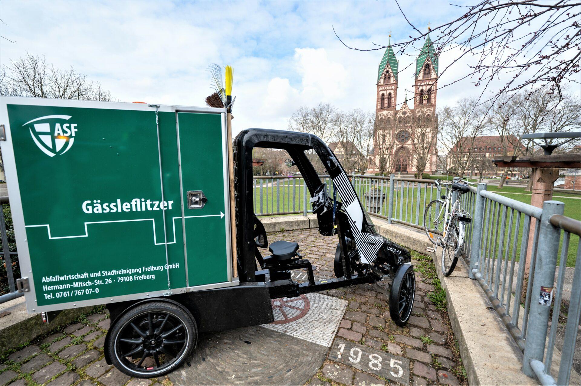 """Loadster als """"Gässleflitzer"""" in Freiburg im Einsatz"""