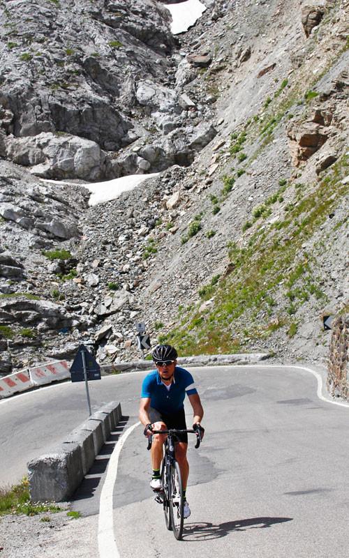 Jan Ullrich bei seiner Fahrt auf die legendäre Cima Coppi © EURAC/Sabine Jacob