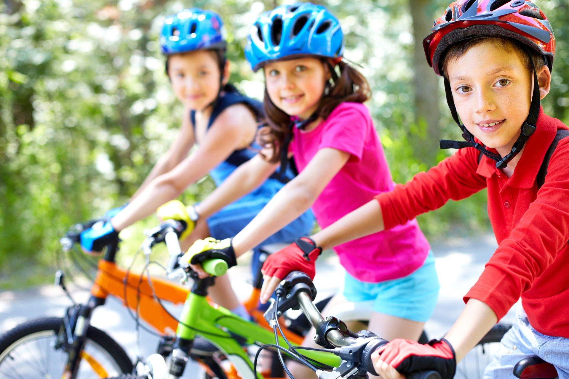 Gegen Bewegungsarmut - für einen Schulweg zu Fuß oder mit dem Rad