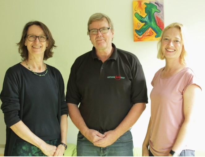 VCD und AFR unterzeichnen Kooperationsvertrag / v.l.n.r.: Carolin Ritter, Ulrich Fillies, Anika Meenken