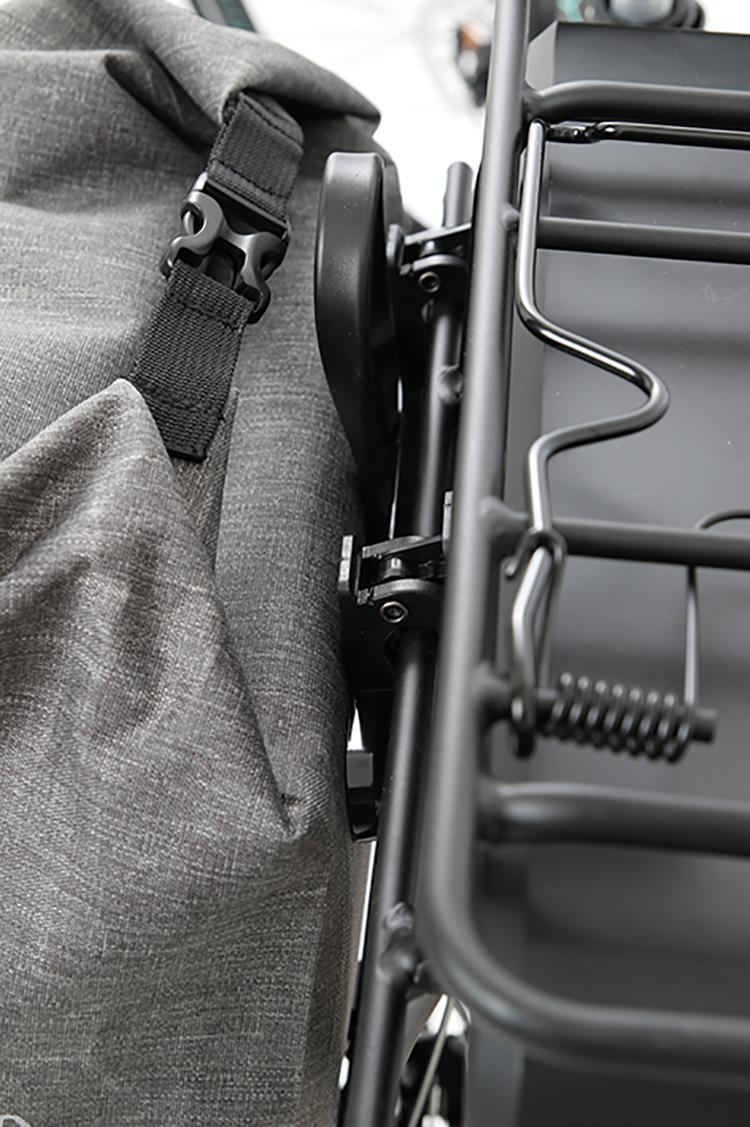 ©M-Wave Suburban Carry Gepäckträgertasche