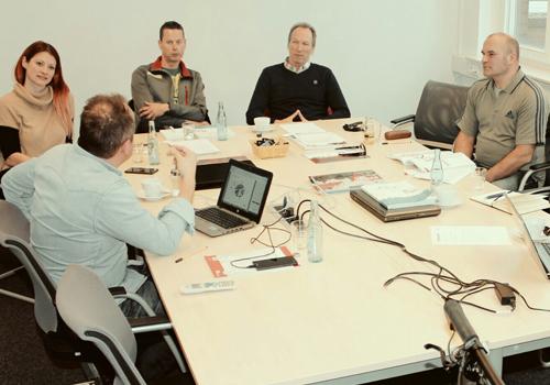 Kreidler MTB Feedback Group: Rainer Gerdes (Leitung Marketing und Produktmanagement), Julia Lackas, René König, Jürgen Dahlke, Michael Podoll und das Stud 29er FS 4.0 Carbon. Nicht abgeb.: Rene Gähner und Torsten Marx (beide Produktmanagement)