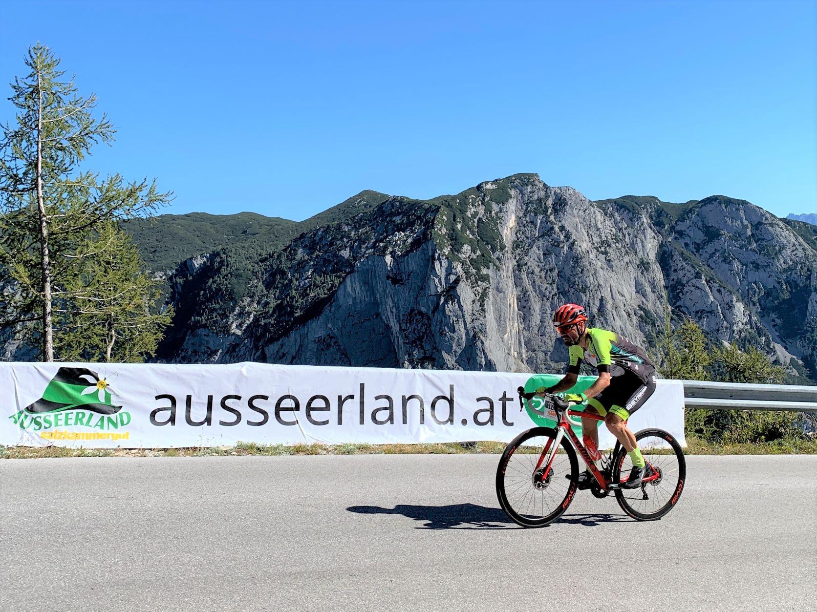 2. Bergzeitfahren am Loser bei prächtigem Herbstwetter:  Lukas Kaufmann wiederholt MTB-Sieg
