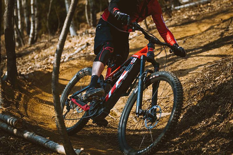 THOK E-Bikes präsentiert Vollblut-E-Enduro TK01 R