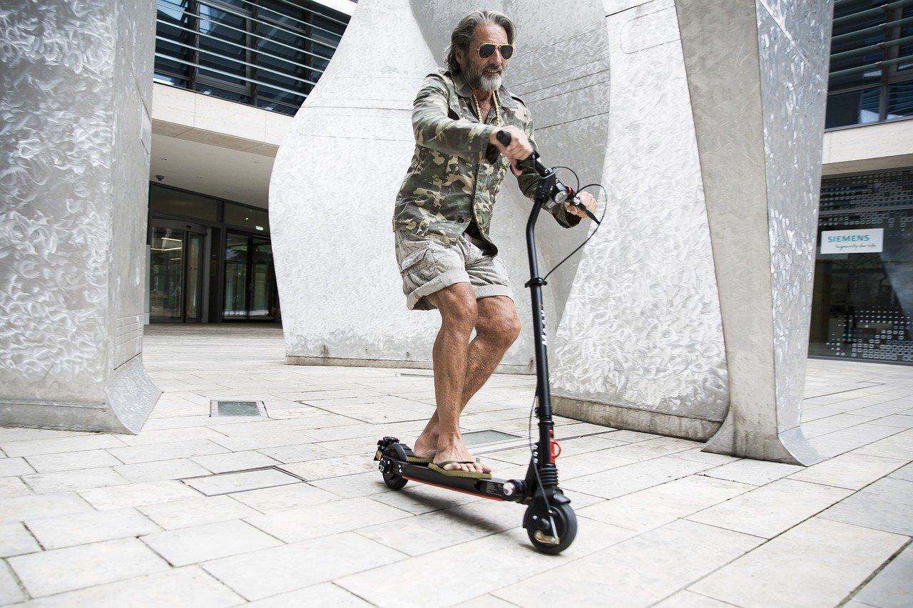 Umgang mit dem E-Scooter: Lernen wie Fahrradfahren