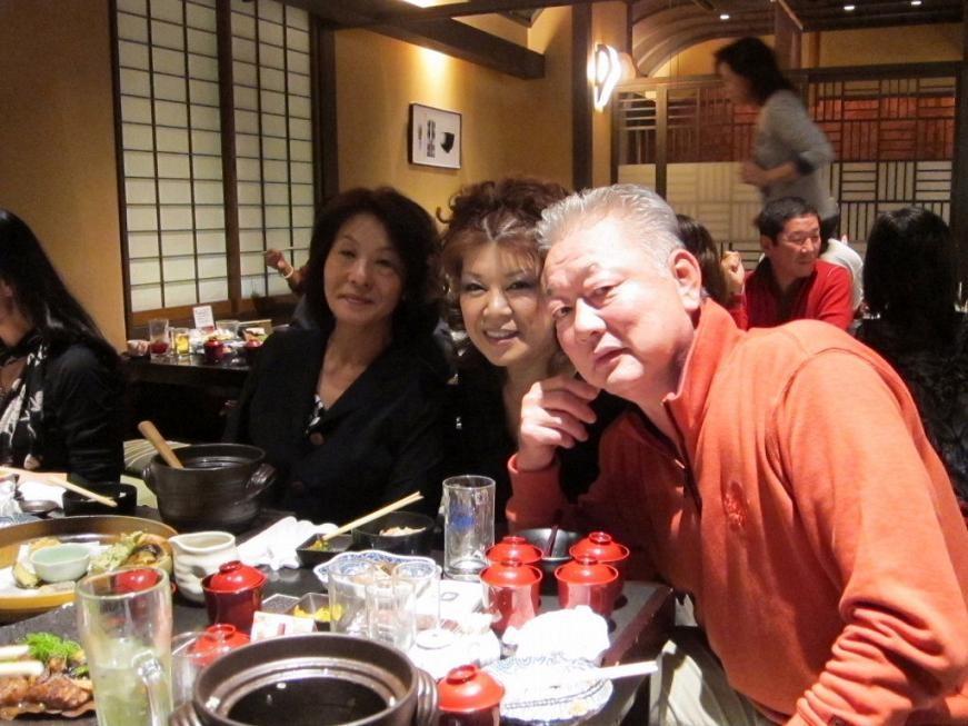 初登場の山口さんと新城さん中川くん(左から)