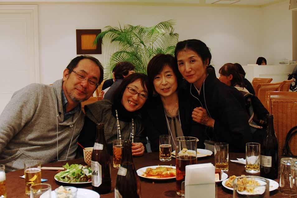 左から青木くん田中さん有沢さん宮内さん
