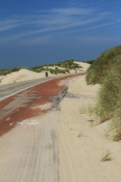Fahrradweg an der Küste von Westenschouwen