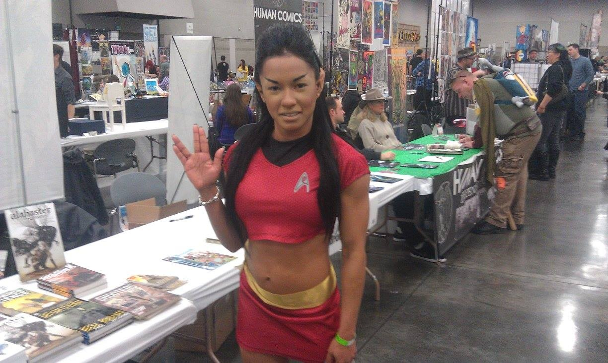 Also terrific Star Trek TOS cosplay