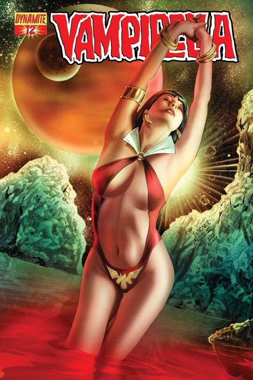 Vampirella #12 cover by Wagner Reis.