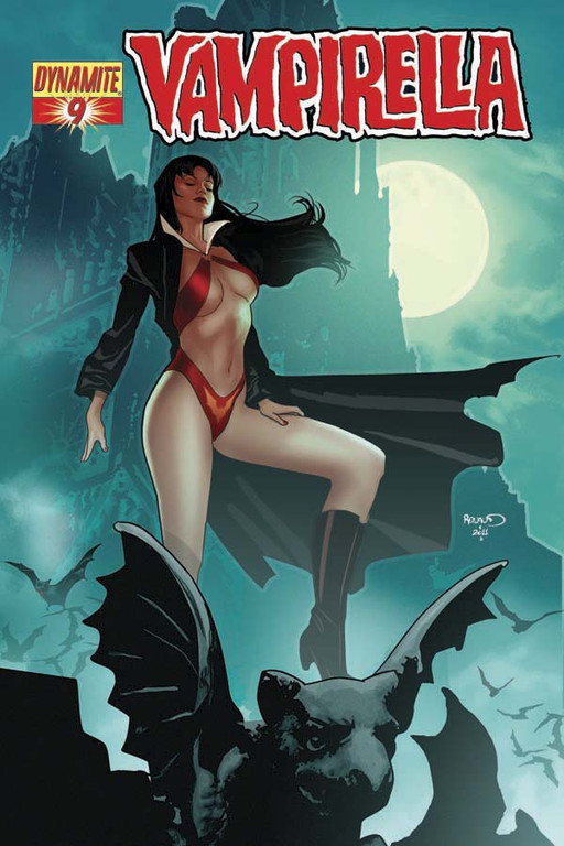 Vampirella #9 cover by Paul Renaud