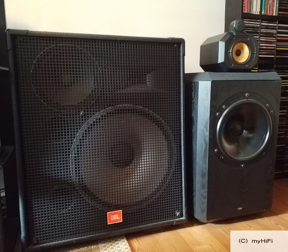 JBL MR 838 (links)