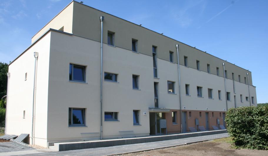 Eingangsseite Wohnblock 1