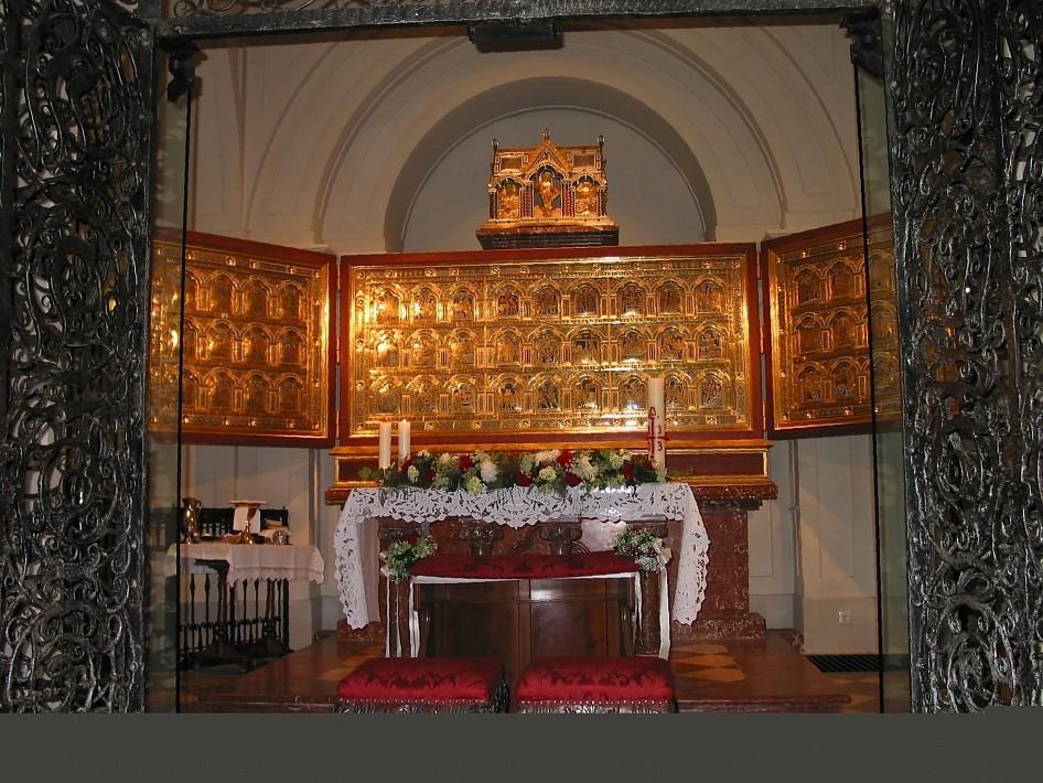 Der Verduner Altar - eines der einzigartigen Kunstwerke im Stift