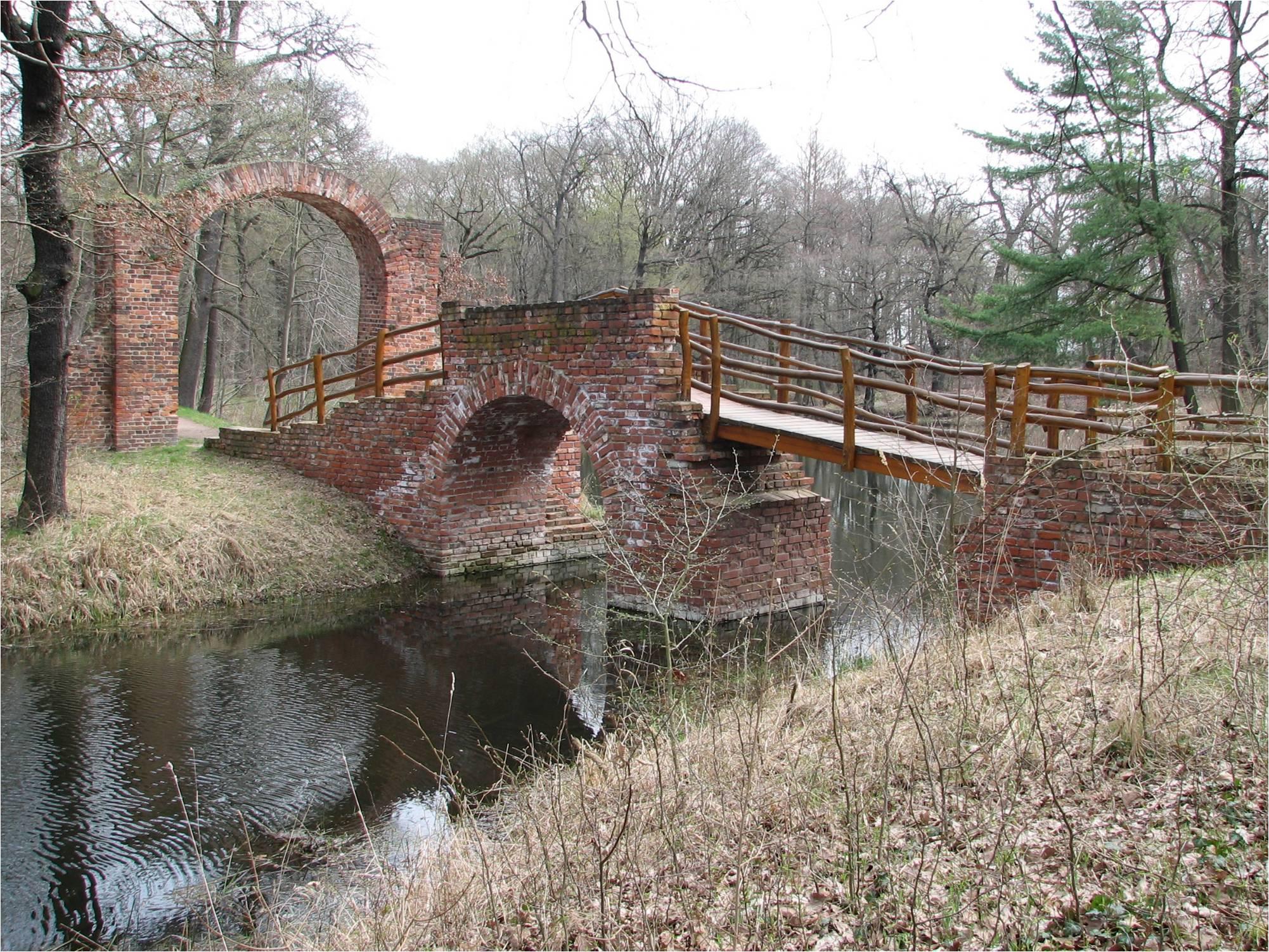 Ruinenbrücke