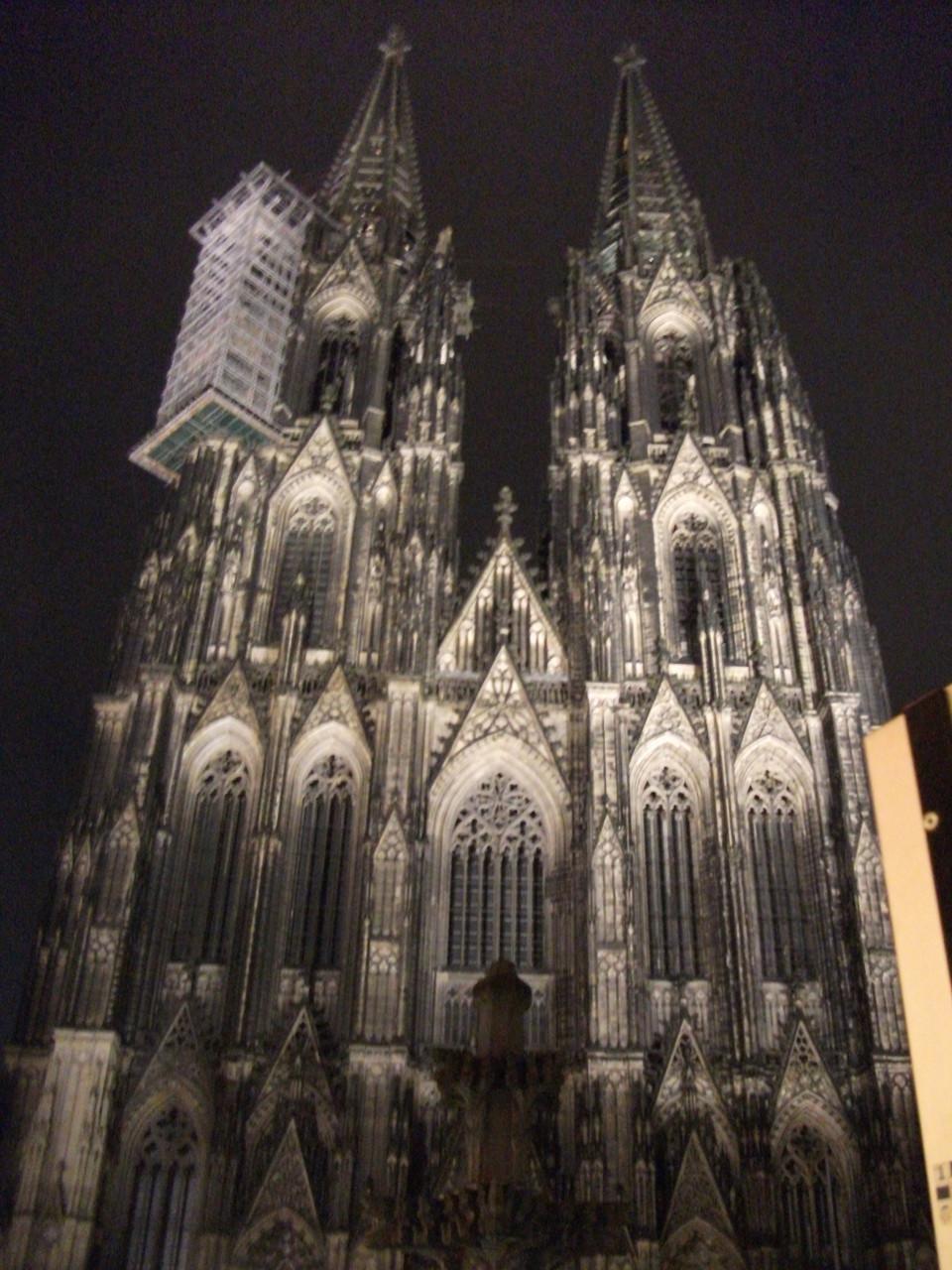 Wahrzeichen von Köln: Der Dom.