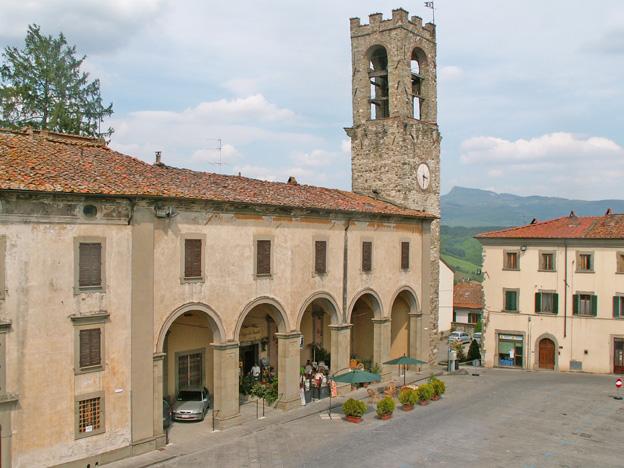Blick von der Piazza nach La Verna