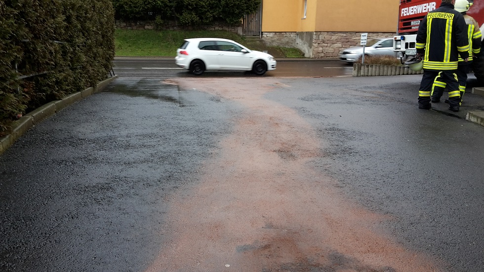 Hauptanteil der Verschmutung lag in der Zufahrt zur Tiefgarage in der Ruhlaher-Straße von Farroda!