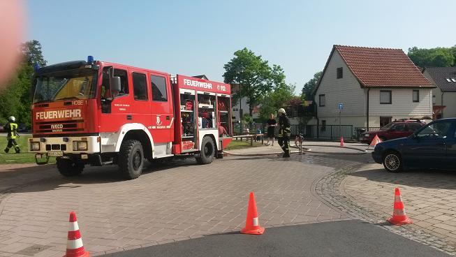 ...mit vielfältigen Aktivitäten rund um den Brandschutz fand am nächsten Tag dann eine Einsatzübung mit Evakuierung der Kinder im Kindergarten statt!