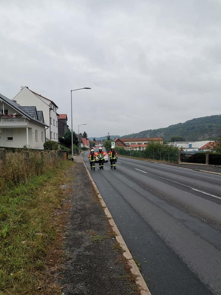 Am 09.09.2019  sind wir, zusammen mit den Ortsfeuerwehren Wutha und Schönau, zur Beseitigung einer Dieselspur alarmiert wurden.