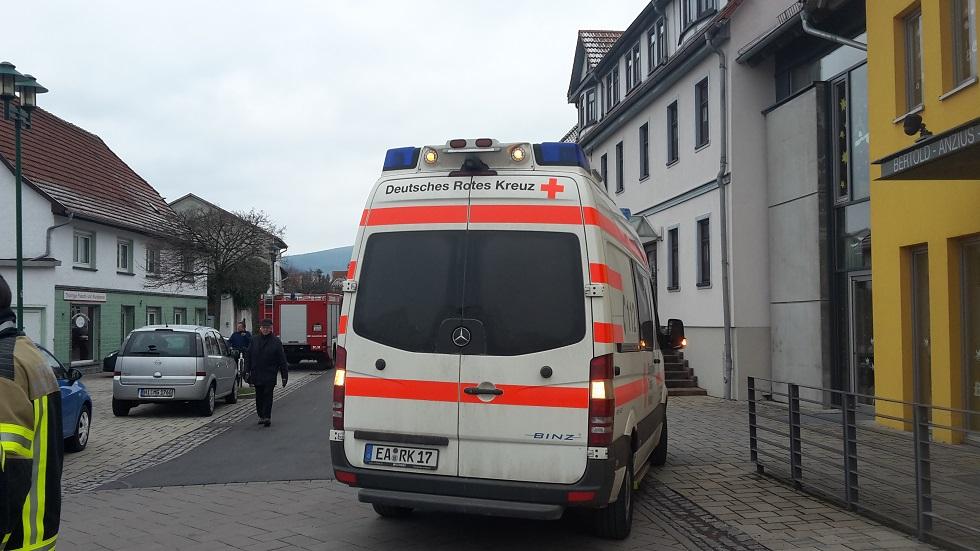 Türöffnung am 16.02.2016 in der Hauptstraße von Farnroda