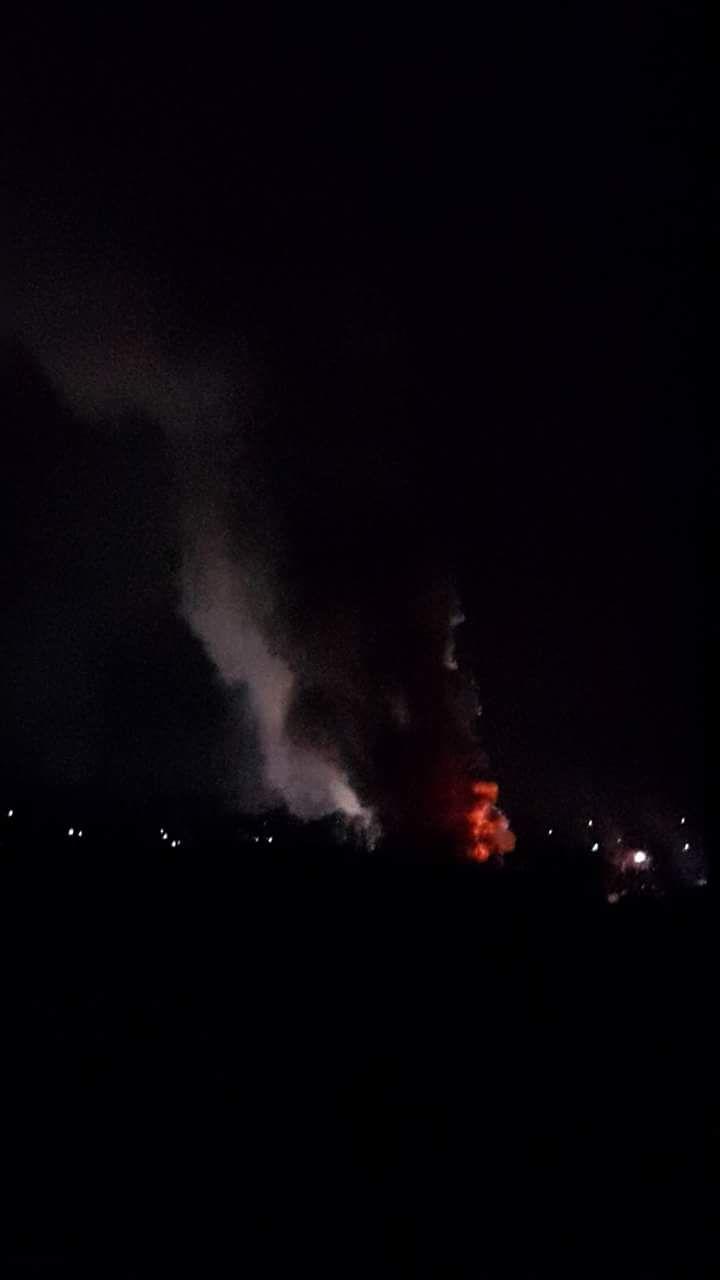 04.03.2018 - Gebäudebrand Fa.Koch. Das Feuer war weit zu sehen im Ort.