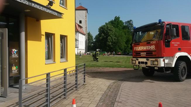 """Brandschutzerziehung im """"Berthold Anzius Kindergarten"""" im Monat Mai!  Nach dem Besuch der Kinder im Feuerwehrhaus..."""