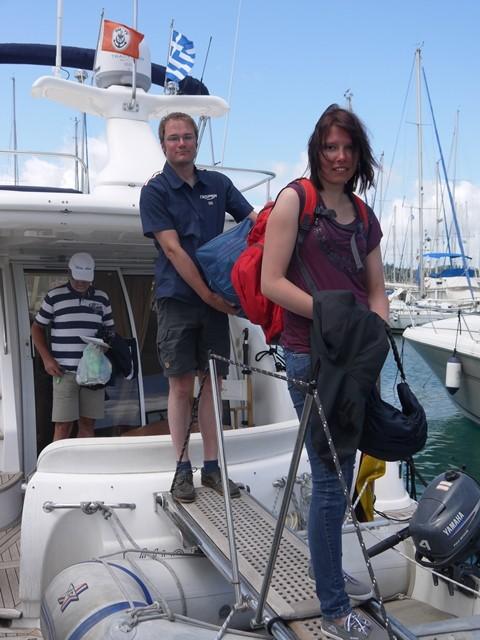 Kai und Katrin gehen von Bord