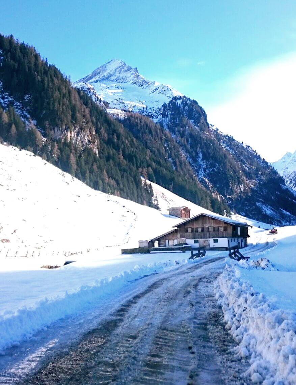 Winterwandern im Wimmertal/ Almhütte Gerlos/ Wanderung Zillertal