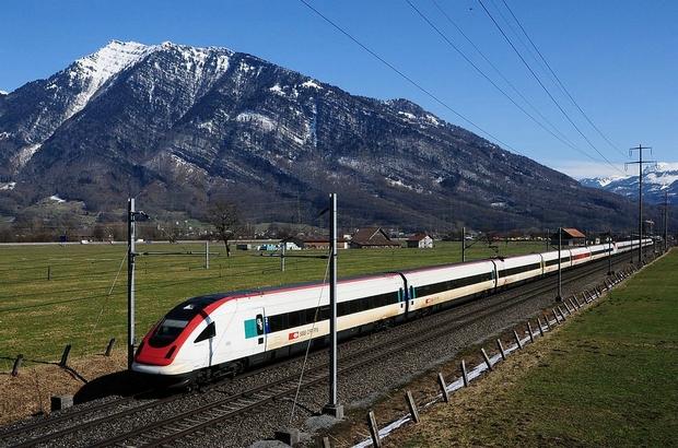 SBB ICN Bahnfoto P. Trippi