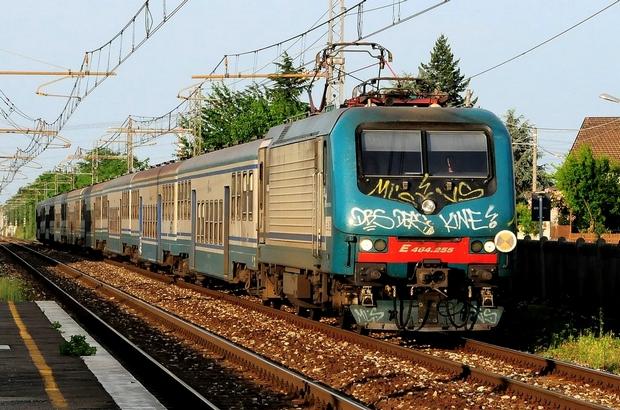 Trenitalia E464 Bahnfoto P.Trippi
