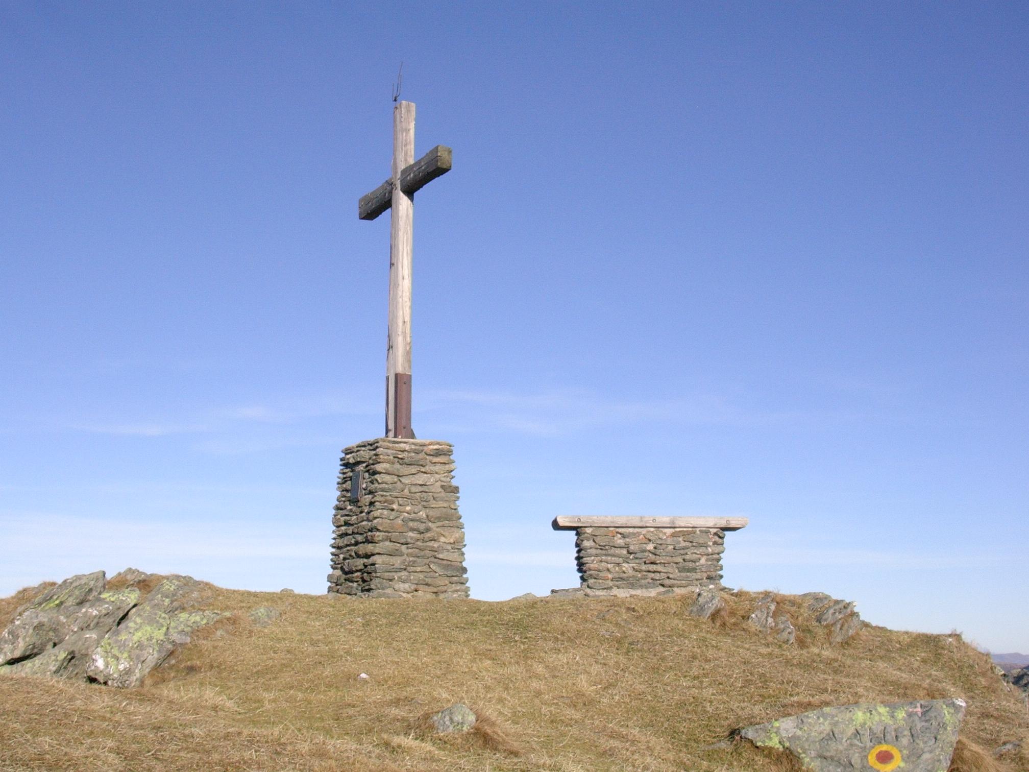 Gipfelkreuz am Sonnjoch
