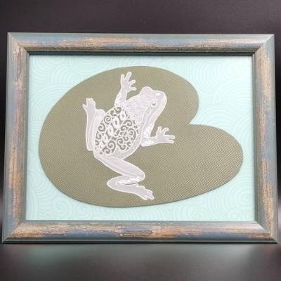 <h2>cadre grenouille en dentelle de papier<h2>