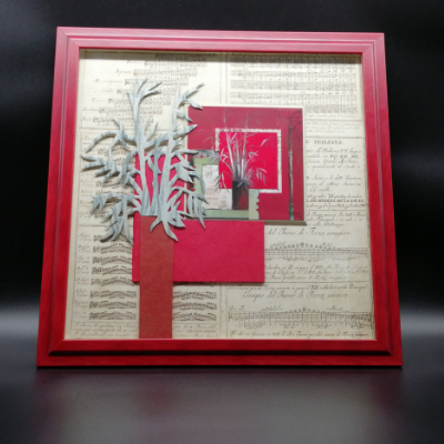 <h2>cadre Bambous - carte posée sur un pavé, baguette rouge<h2>