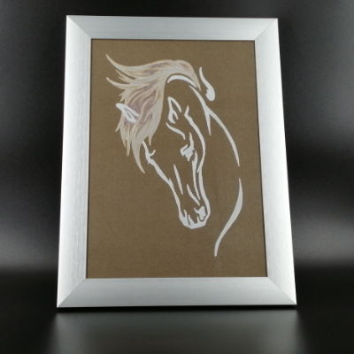 <h2>cadre tête de cheval en dentelle de papier<h2>