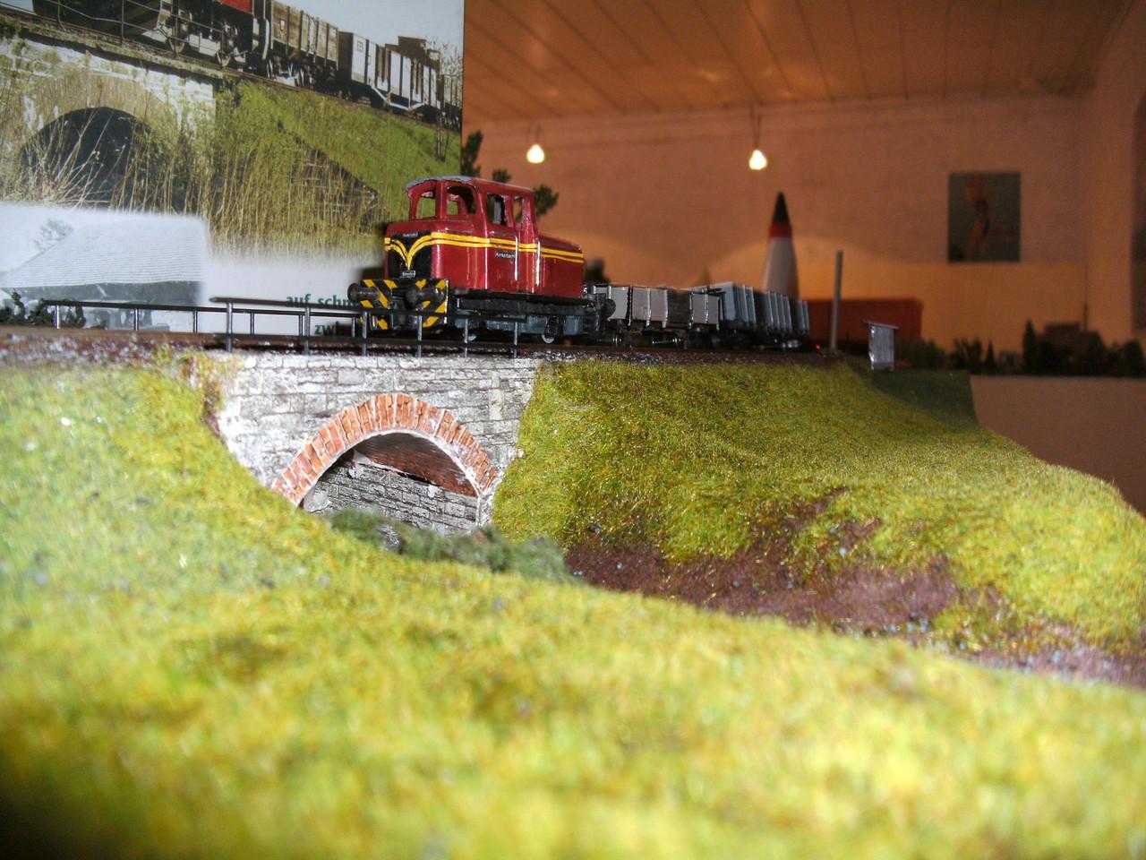 Lok 18 auf der Kerkerbachbrücke