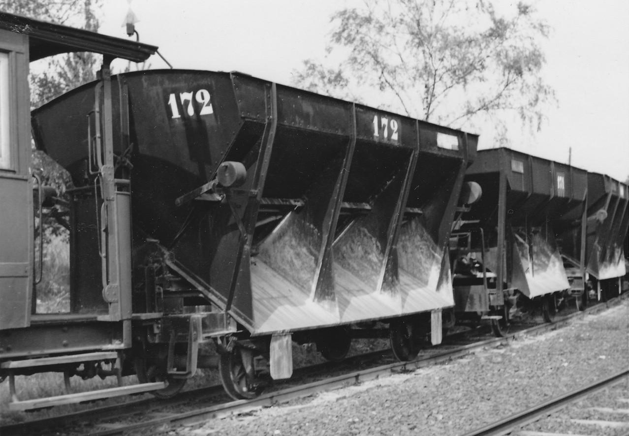 Wagen 172: wie Wagen 169-172, 2achsig, Eigengew. 5,85t, Zuladung 10t, verkauft an Borkumer Inselbahn
