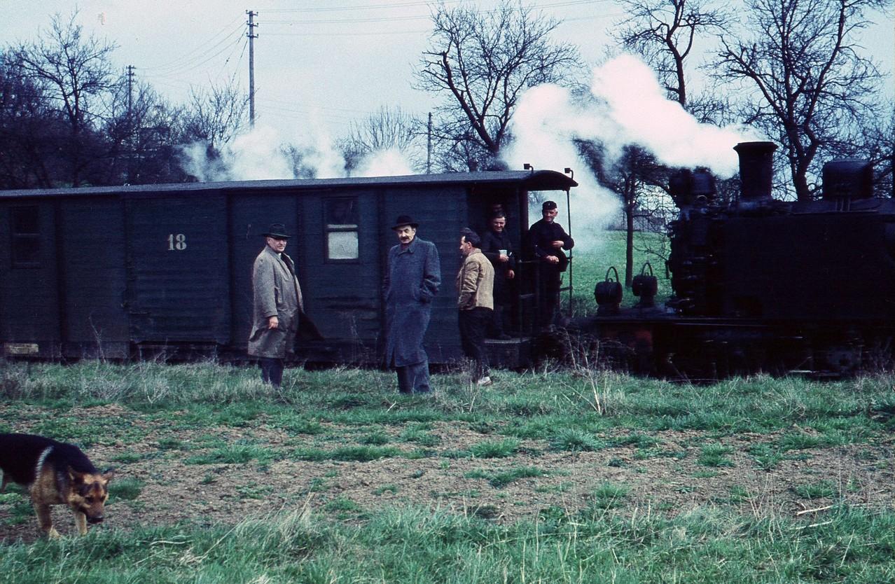 1961, der Abbauzug hält vor Kerkerbach