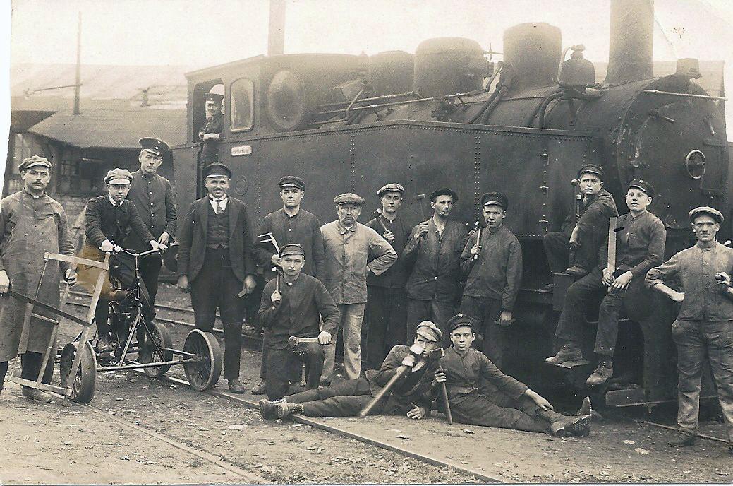 Lok 14 noch ohne Luftpumpe in der Werkstatt Christianshütte ca 1919