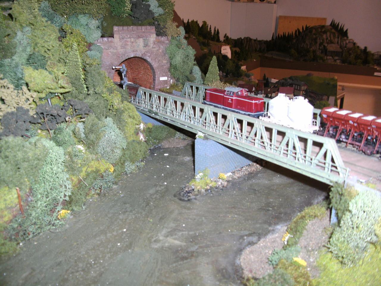 Die Lahnbrücke und der Ennericher Tunnel