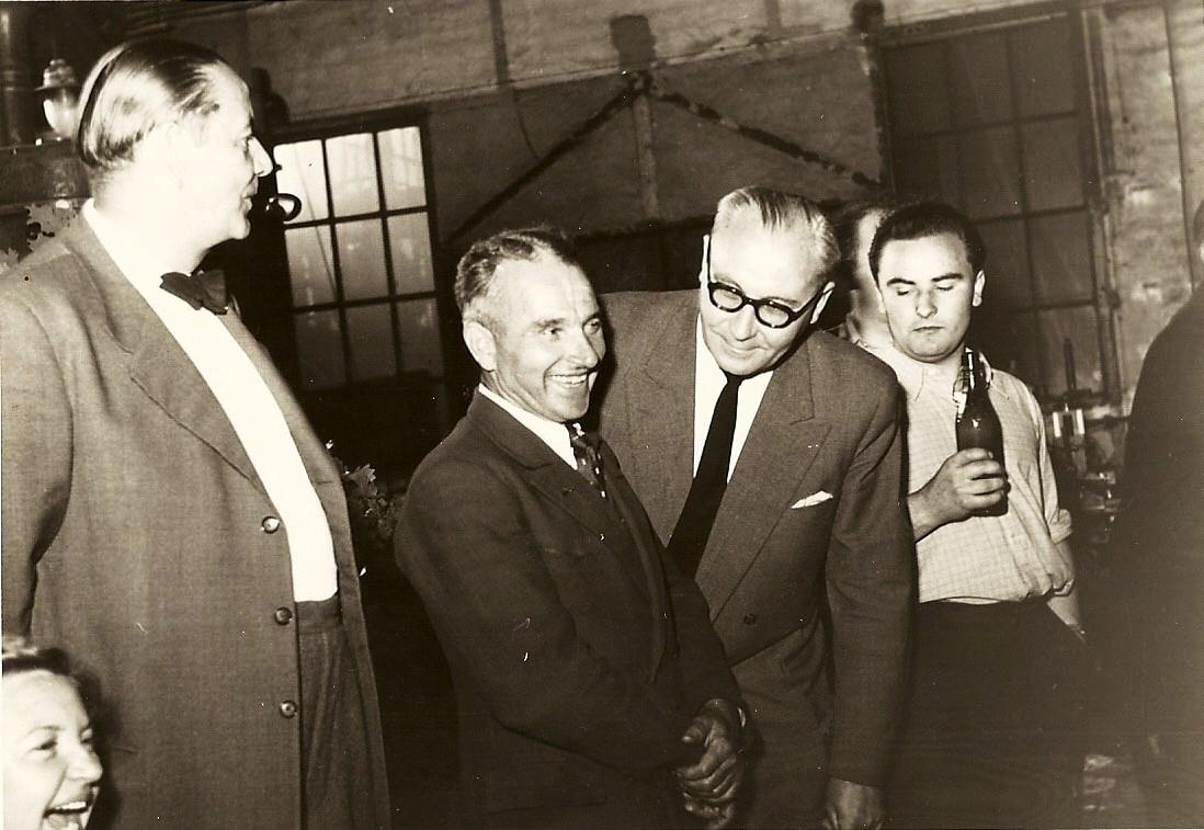 mitte rechst: Direktor Kuhn, links: Herbert Zimmermann