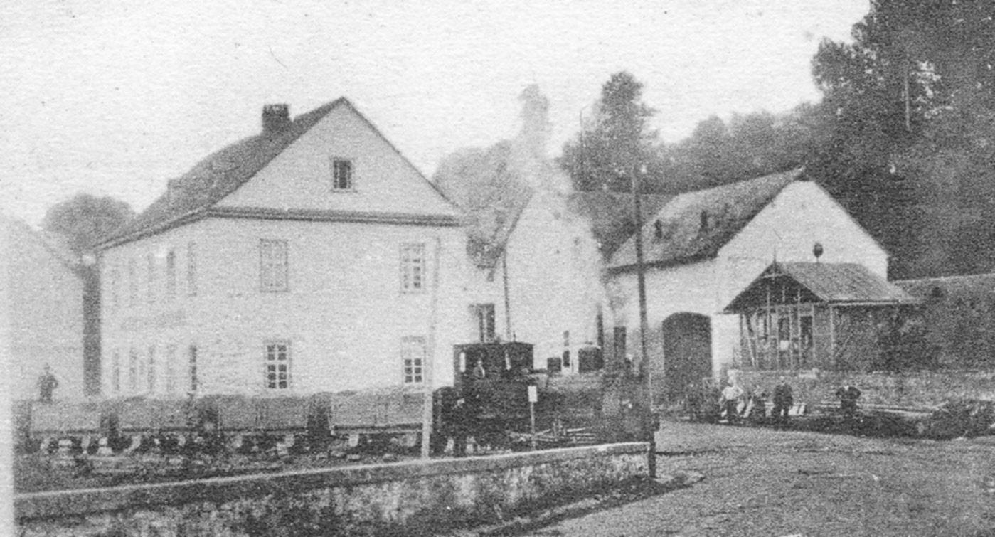 Lok 1 oder 2 in Heckholzhausen Chaussee