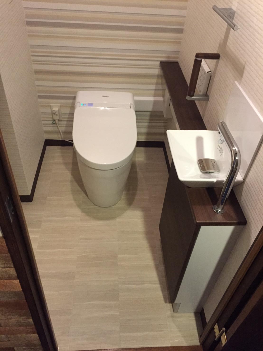 タンクレストイレ&手洗カウンター 施工例
