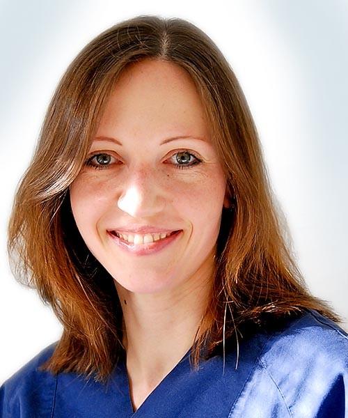Claudia Moll, Zahnmedizinische Prophylaxeassistentin (ZMP)
