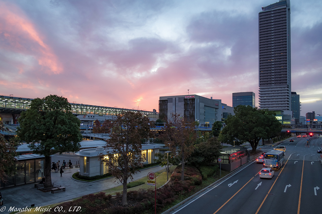 JR岐阜駅前の夕景 X-T2 XF18mm